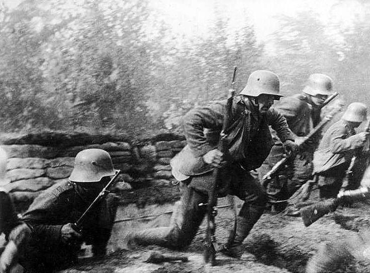 Verdun 1916 2016 German Stormtroopers Advance During The Battle Of
