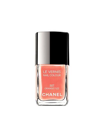 Chanel nail polish in Orange Fizz