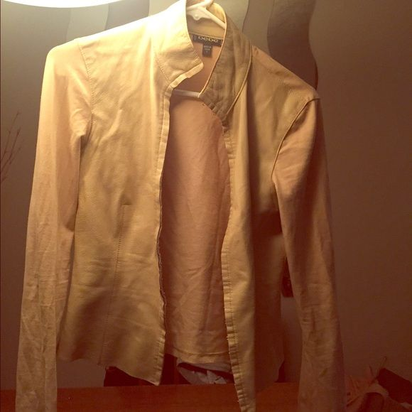 Bebe jacket/blazer Perfect condition! Shape forming Bebe jacket. Super flattering to your hour glass. Jackets & Coats Blazers