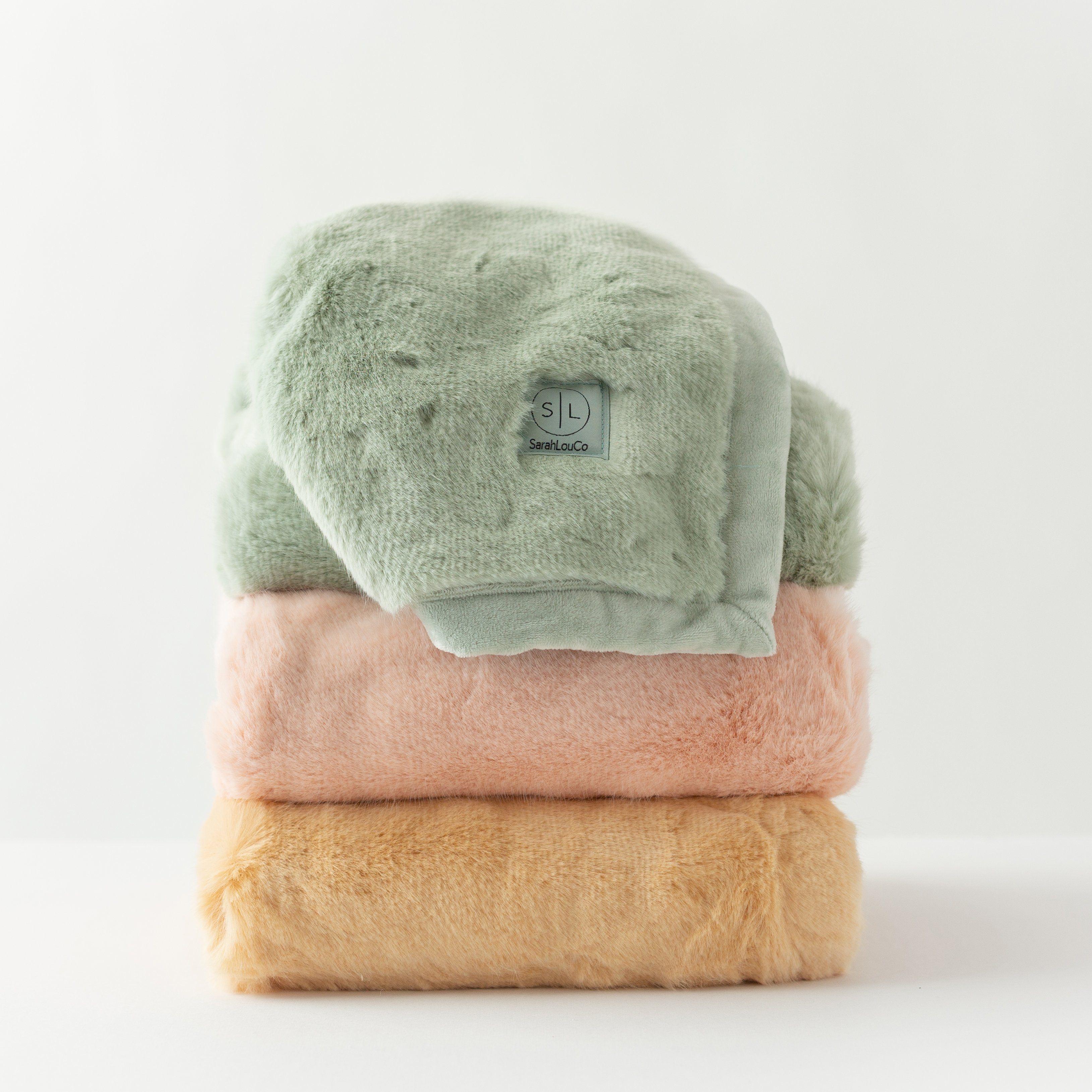 Rozzi Rose Faux Fur Blanket - Large