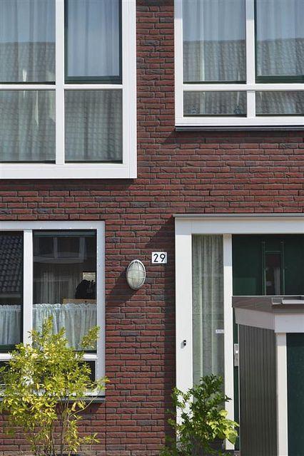 Elzenhagen by BlauwhoedGroep, via Flickr - Close-up van de gevel van één van de woningen in De Groene Habitat