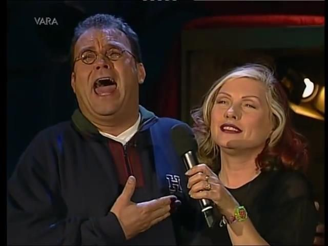 Debbie and Chi Chi on the Peter de Leeuw show 2006
