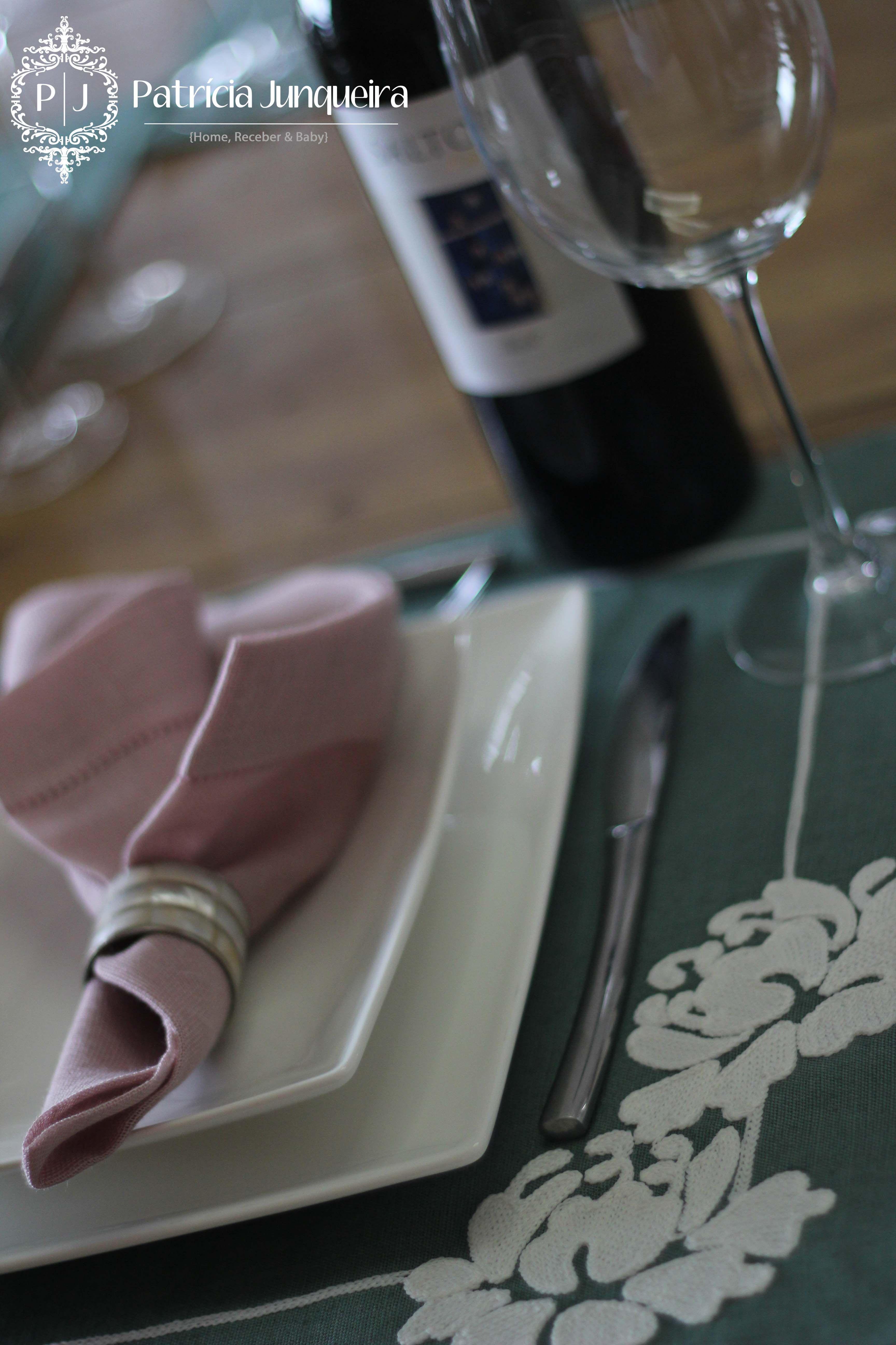 Mesa decorada para páscoa por Patricia Junqueira {Home, Receber & Baby} Vinho Salton