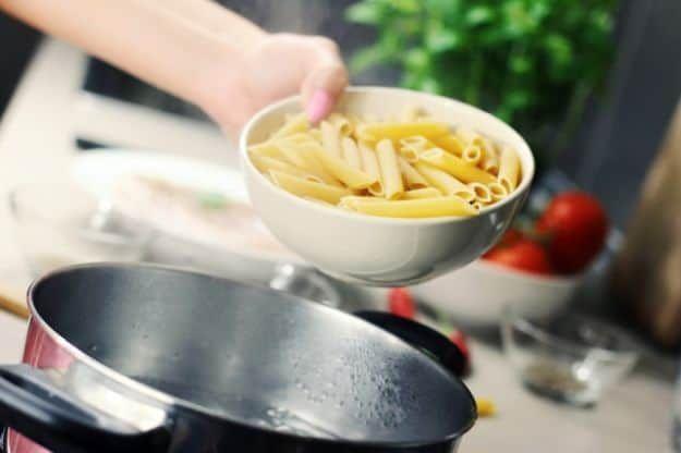 Cook Pasta   How To Cook A Penne Ala Vodka   https://homemaderecipes.com/penne-ala-vodka/
