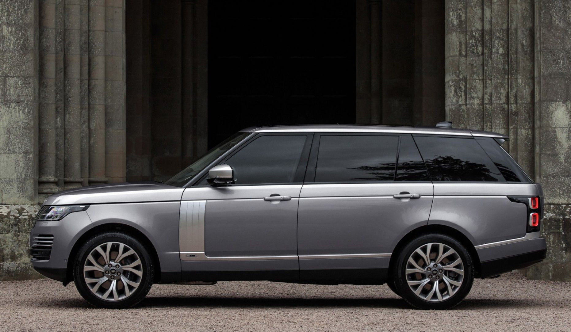 2021 Range Rover Sport Redesign And Concept Range Rover Supercharged Range Rover The New Range Rover
