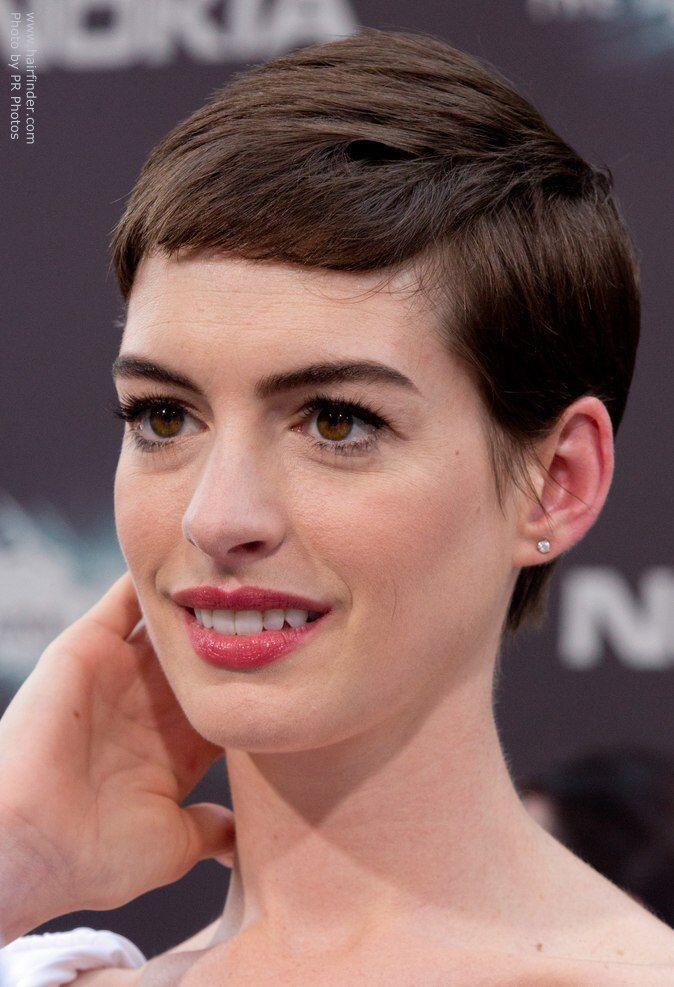 Anne Hathaway Short Haircutg 674987 Pelo Pinterest Anne