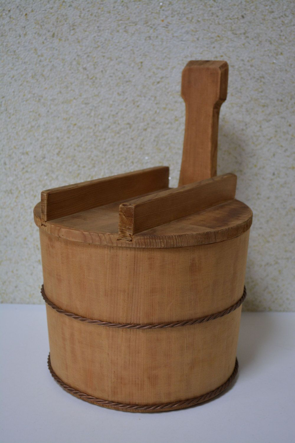 Wooden Japanese rice tub with lid, hangiri rice bucket, cypress ...