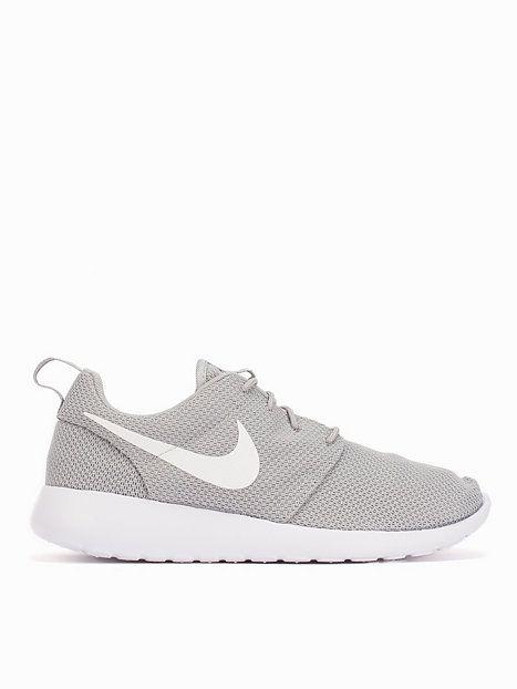 best loved 18d2e 6774b Nike Rosherun - Nike Sportswear - Grå Vit - Sneakers - Skor - Man -  NlyMan.com