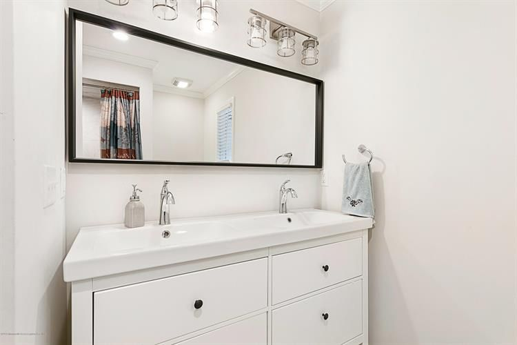 1294 Colonial Way, Bridgewater, NJ, 08807 | Master bath ...