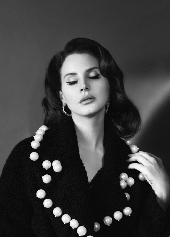 New Outtake! Lana Del Rey for Complex Magazine (2017) #LDR | Lana del rey,  Lana, Rey