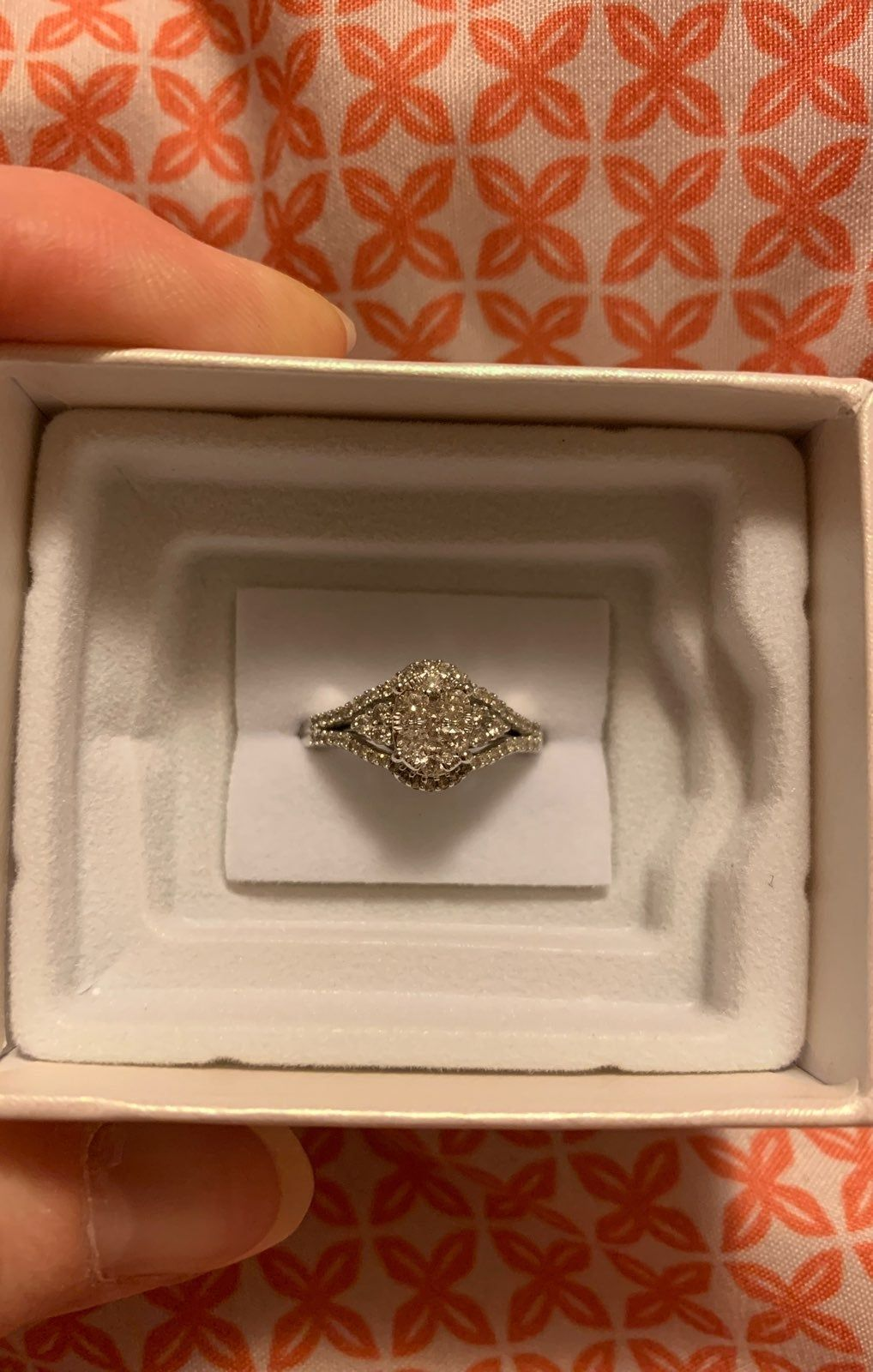 1 2cttw 10k White Gold Retail Price Is 999 I Bought It For 799 20 It Came From Zales In Excellent Condition Be Zales Rings My Jewellery Zales