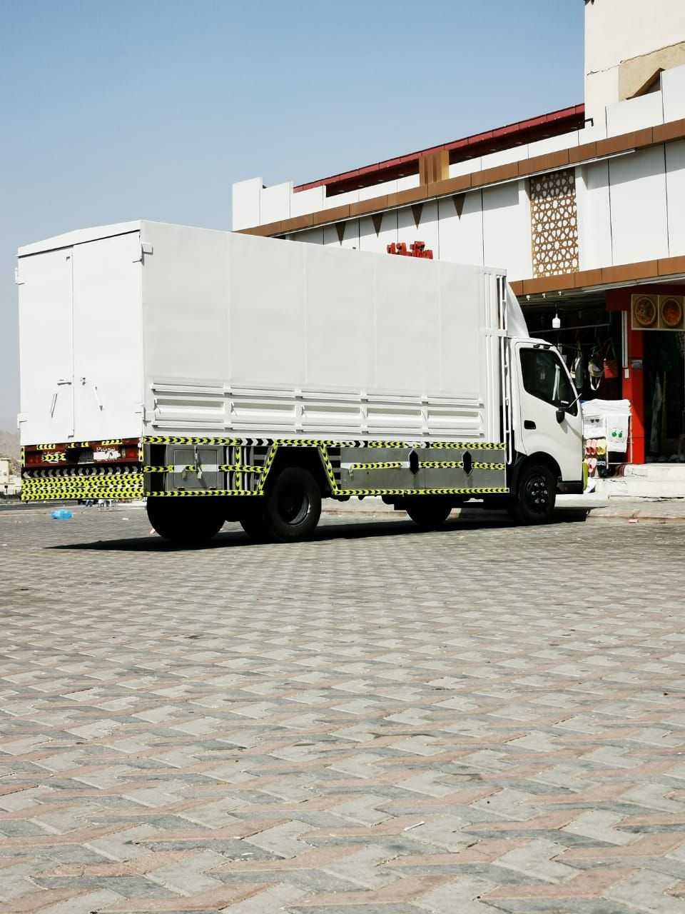 دينا تحميل توصيل 0557663132 In 2020 Moving Furniture Jeddah