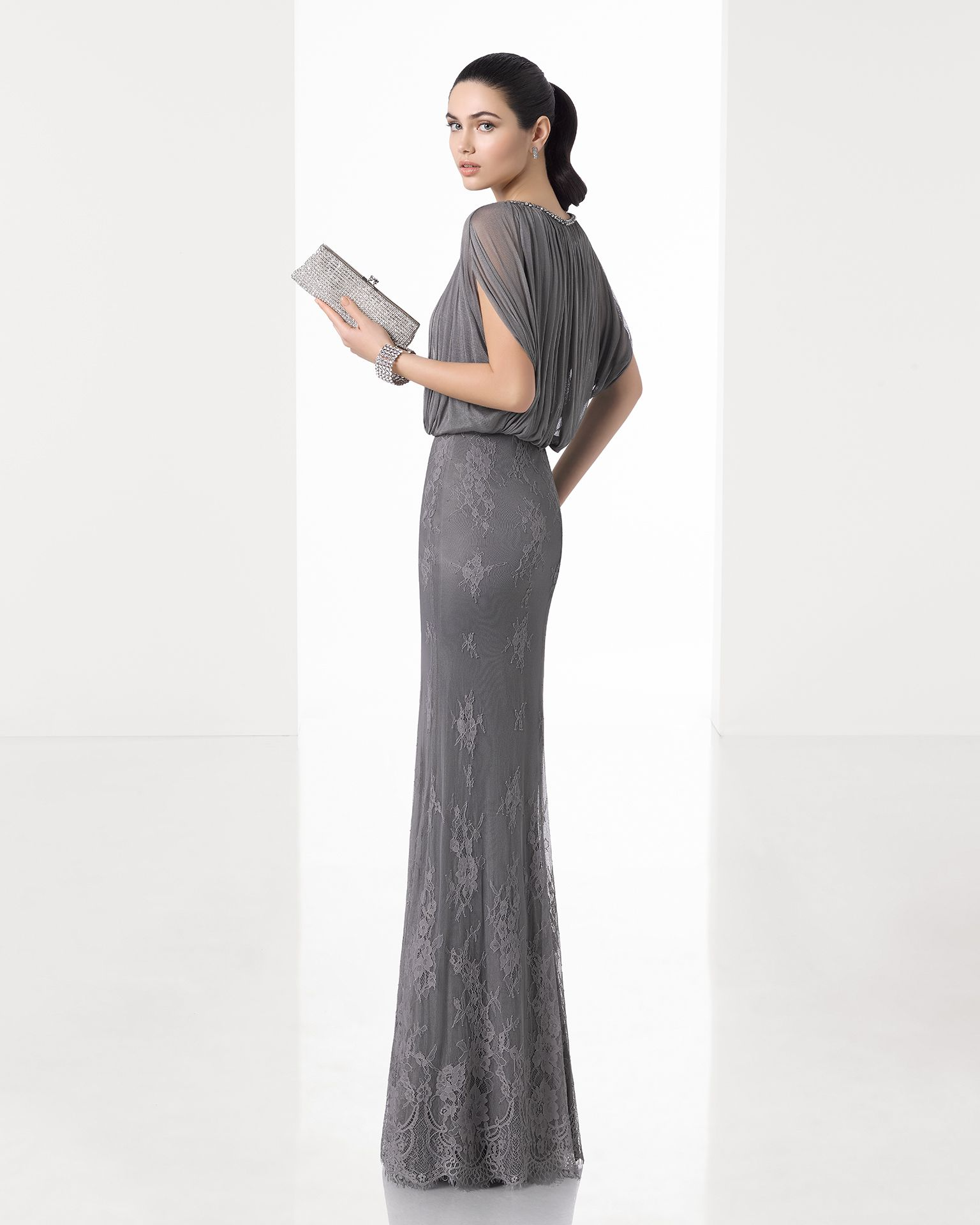 T column dress shoulder sleeve and lace skirt