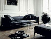 Contemporary leather sofa by Antonio Citterio