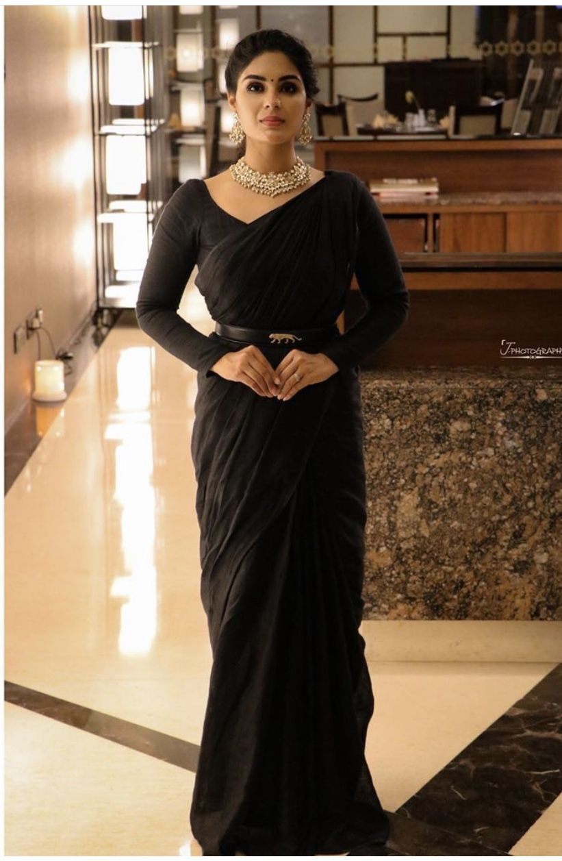 Plain Black Saree Full Sleeves Blouse Saree With Belt With
