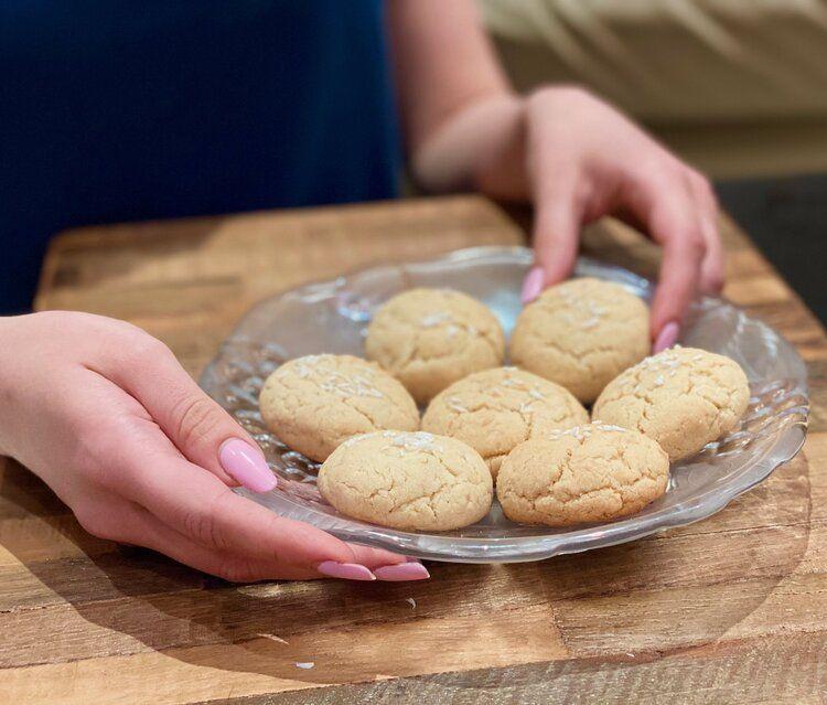 Condensed Milk Cookies Brazilian Sequilhos Gluten Free Sarah Freia In 2020 Crinkle Cookies Recipe Condensed Milk Cookies Honey Cookies Recipe