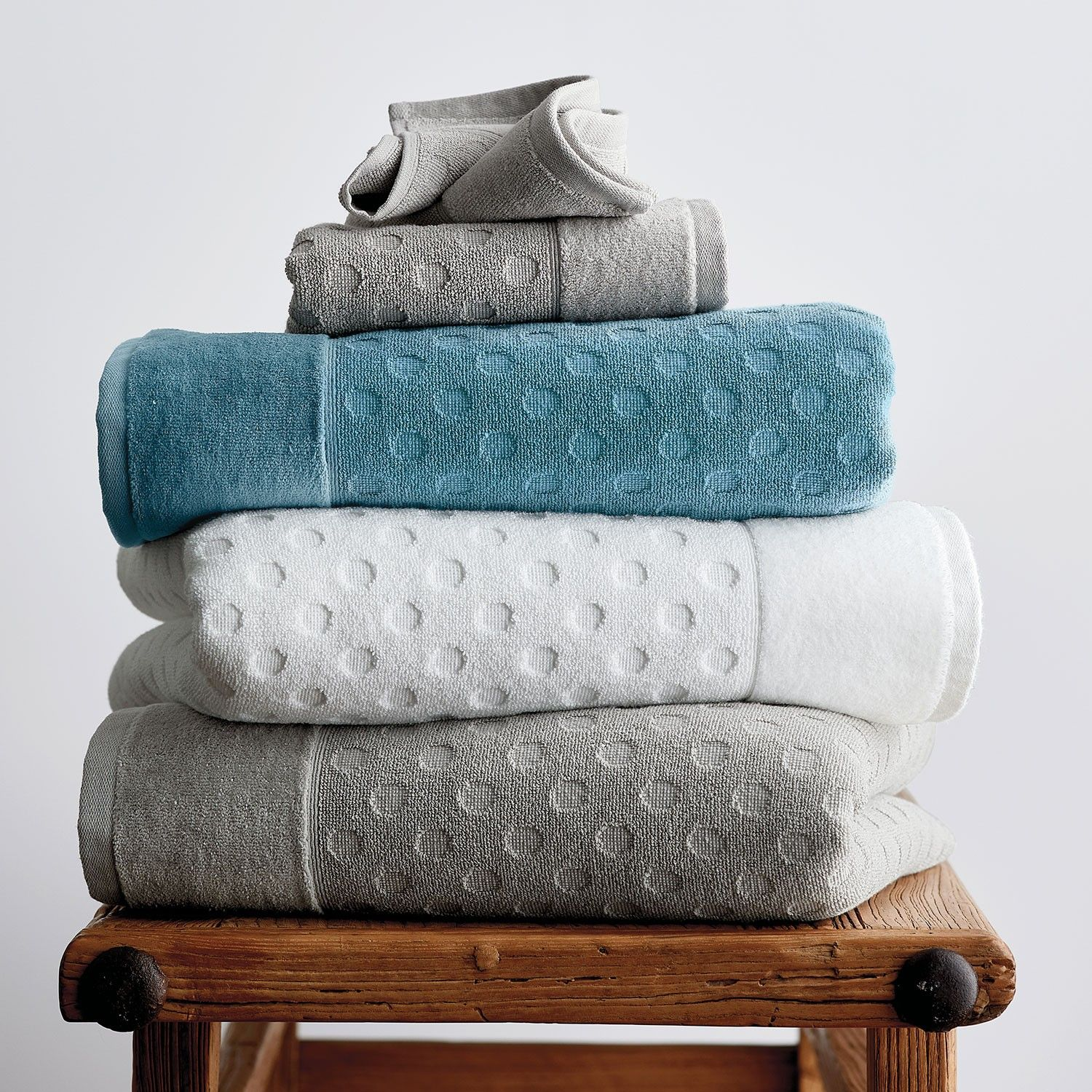 Dot Supima Cotton Luxury Bath Towels The Company Store In 2020