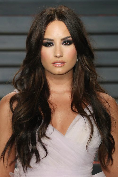 Demi Lovato S Hairstyles Hair Colors Steal Her Style Demi Lovato Hair Demi Lovato Pictures Demi Lovato