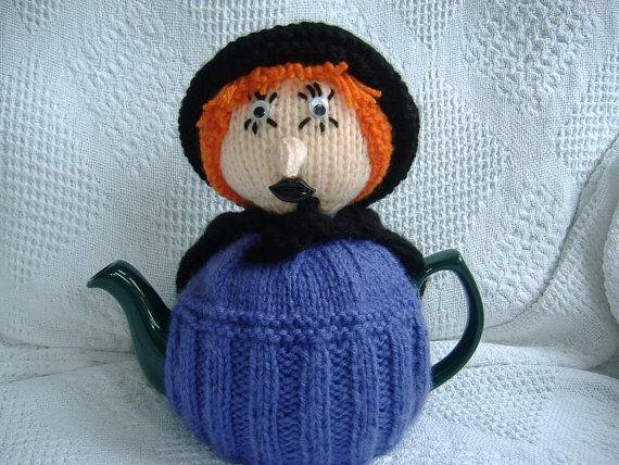 Witch tea cosy knitting pattern to fit a medium by madmumknits