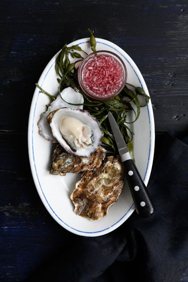fresh oysters--Jan Luijk photography