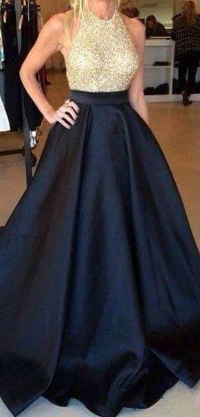 Vestido largó negro con dorado