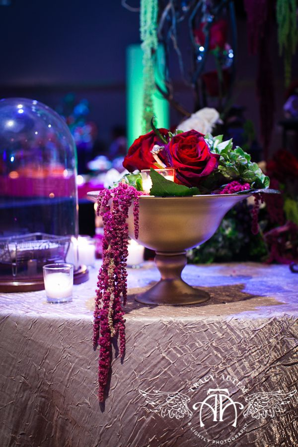 The Bridal Experience: Wedding centerpiece, wedding table decorations, wedding flowers, Bridal Blooms, http://www.bridalblooms.com/