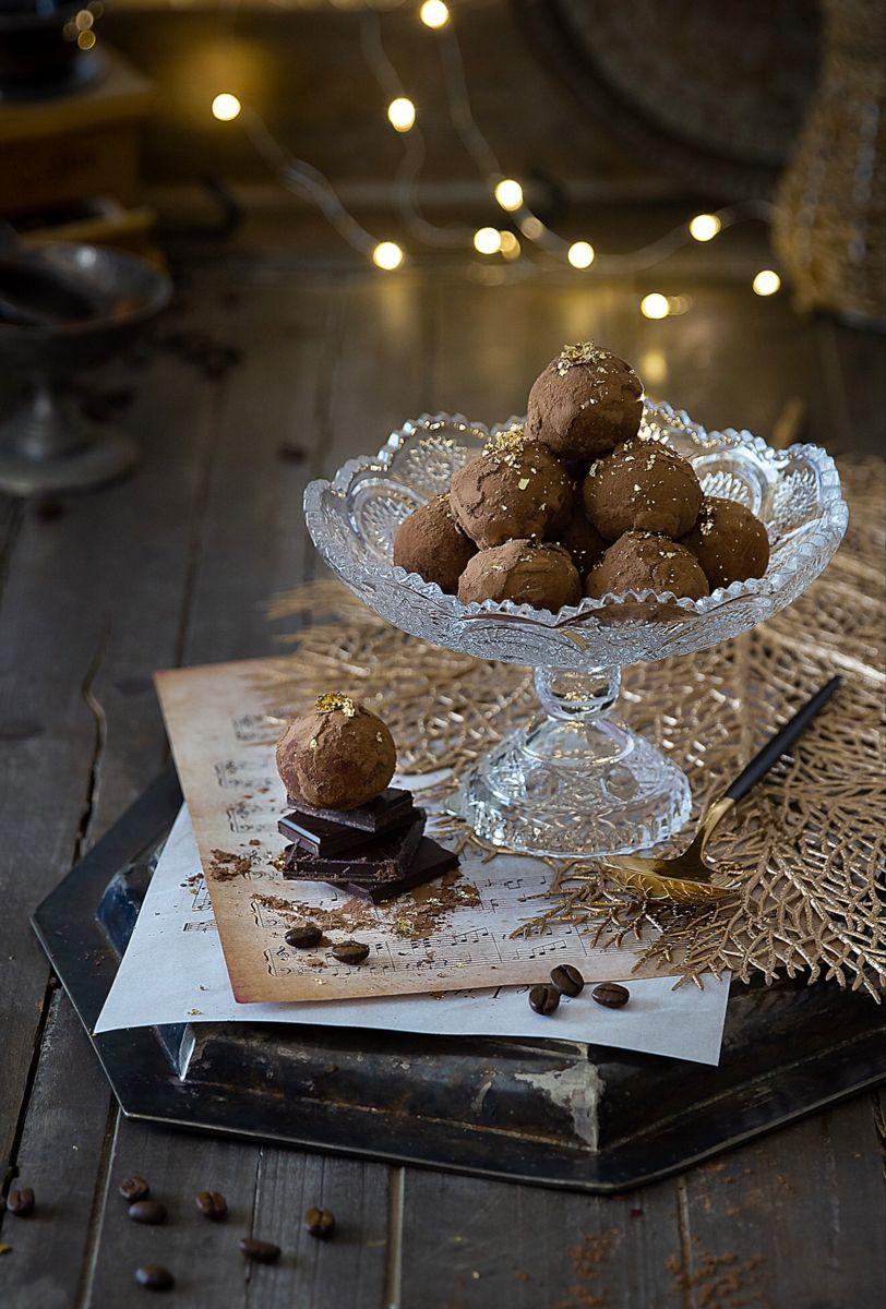 Tiramisu Truffle In 2021 Truffles Desserts Food