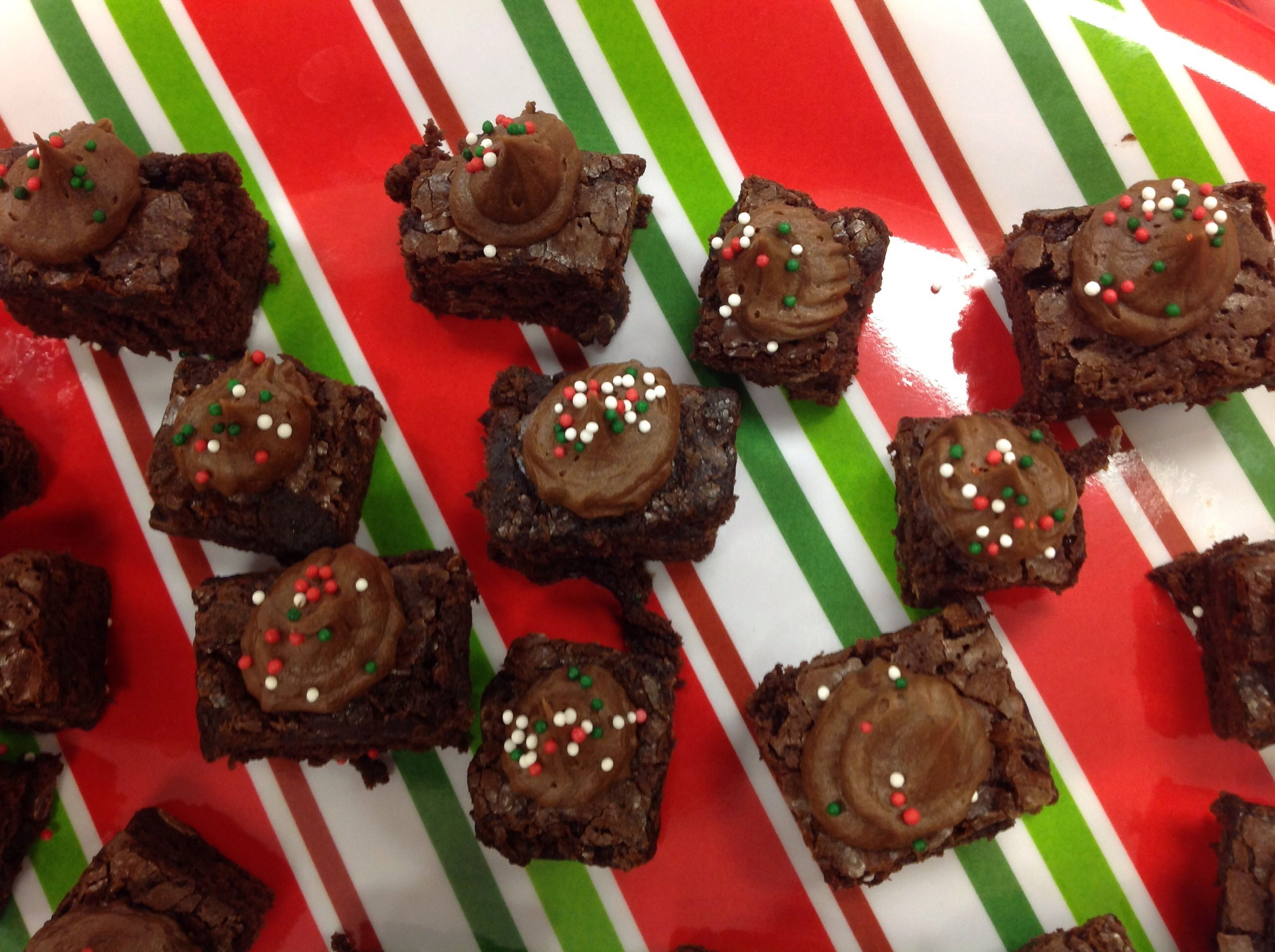 Holiday brownie bites made with the oodletip holiday