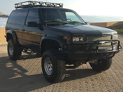 1997 Chevrolet Tahoe Base Sport Utility 2 Door 5 7l 4x4 Lifted