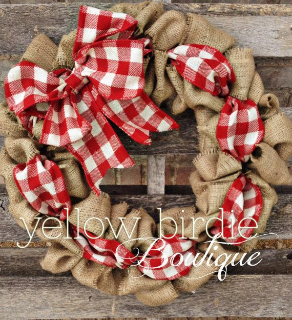 We could all use a little more gingham in our lives, right? This wreath reminds me of a picnic on a nice warm afternoon. It is the perfect