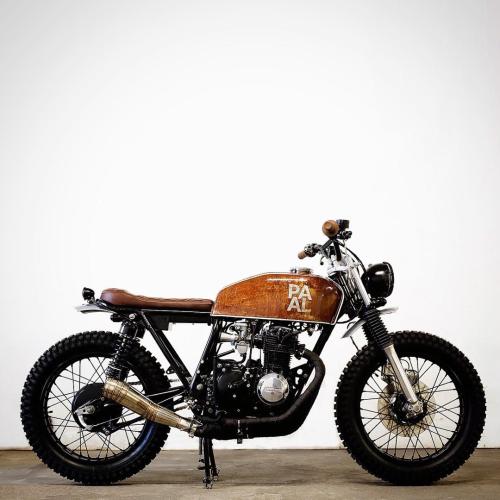 Motomood Honda CB400f