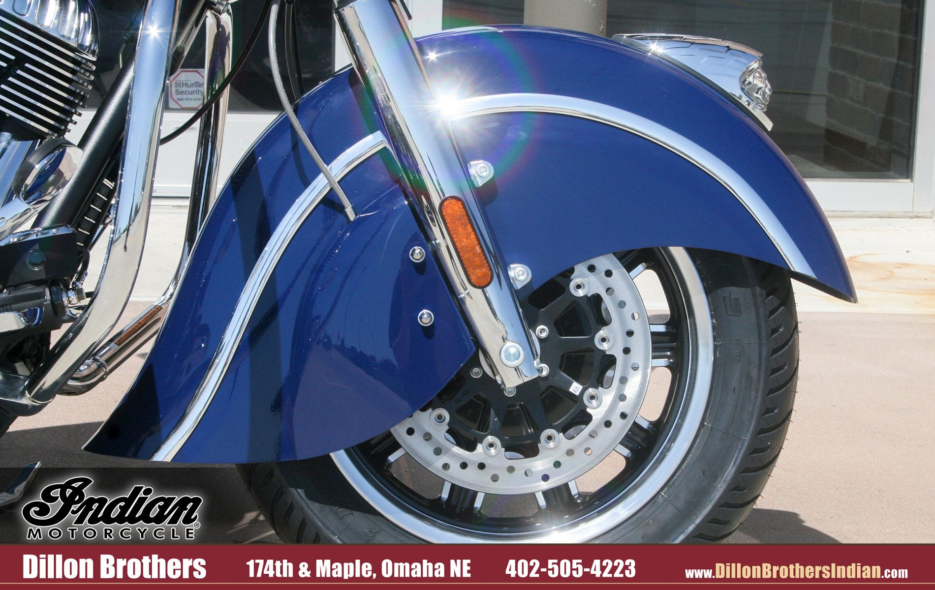 Nebraska Motorcycle Events 2020.Blue Indian Chieftain Front Fender And Wheel Close Up View