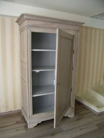 Best 10 bonneti re ancienne ideas on pinterest commode for Meuble bonnetiere ancienne
