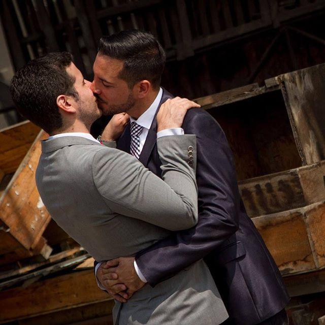 escort gay male toronto