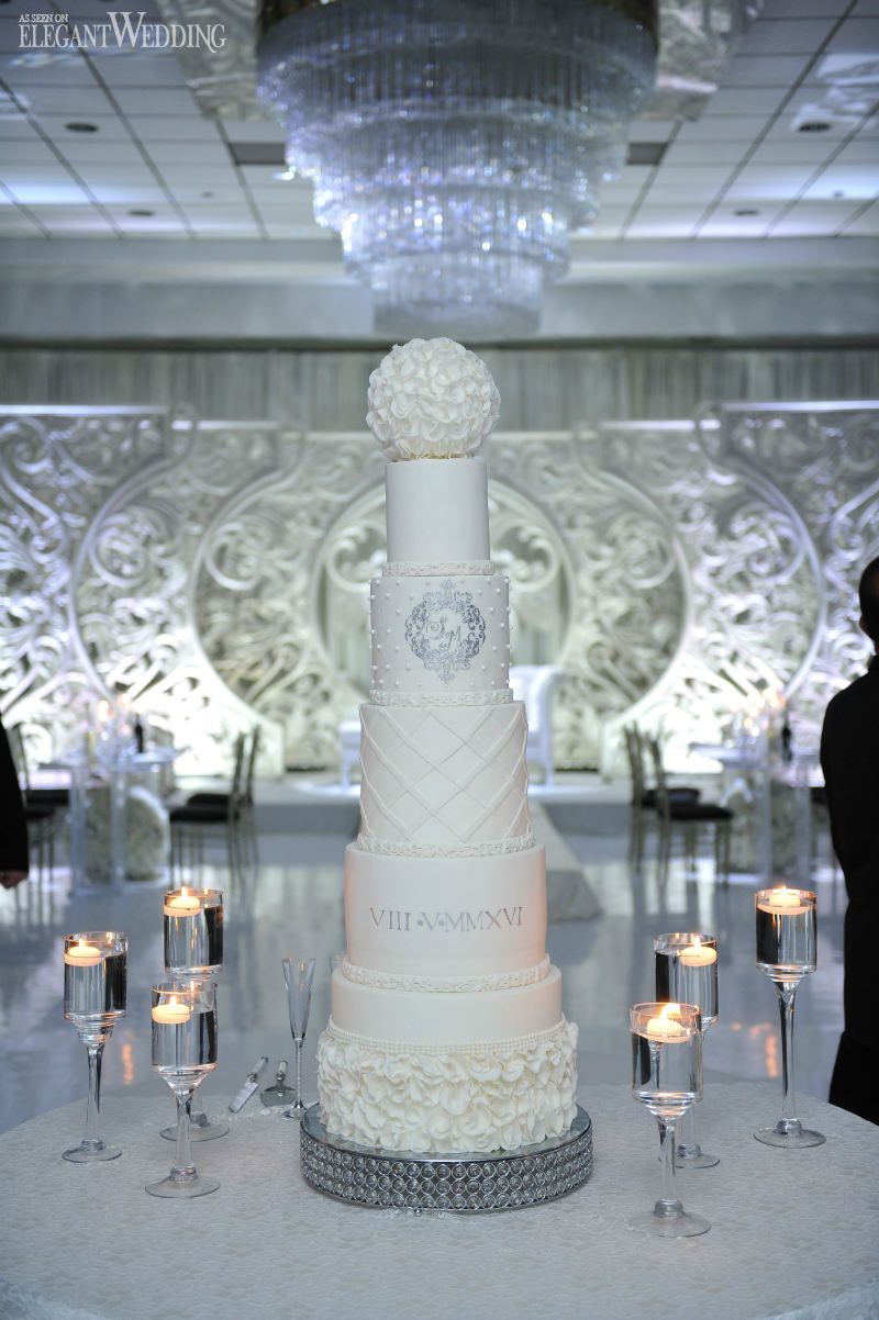 Allwhite wedding theme in toronto toronto tiered cakes and