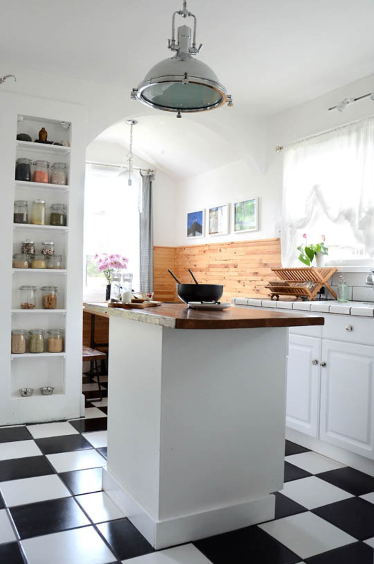 Kitchen Storage Between the Studs 5 Examples of Smart Recessed