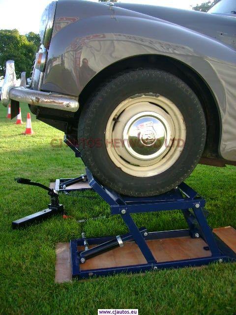 Hydraulic Car Ramps | Garage equipment for the Classic Car ...