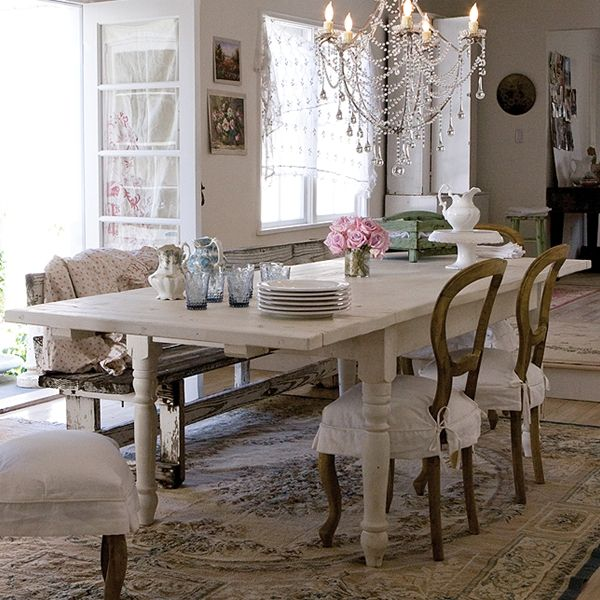 50 Cool And Creative Shabby Chic Dining Rooms: Light Colored Table Instead? This One Extends To 108