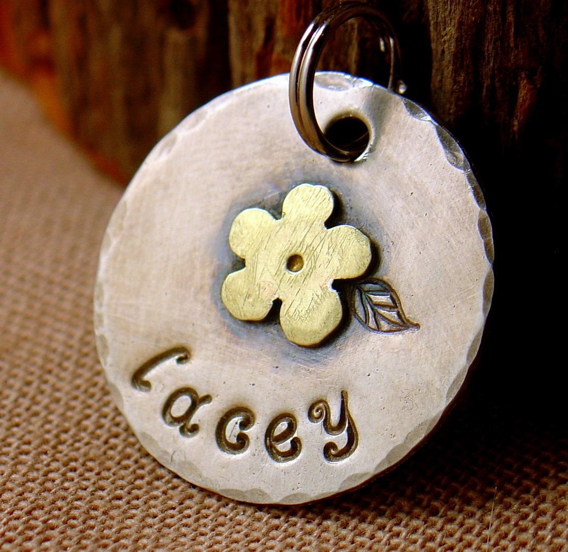 custom id tag for cats and small dogLacey by