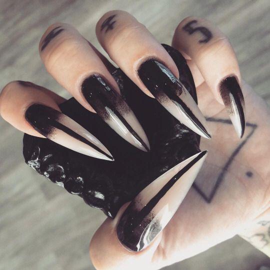 Witch nails - c❍̧venka☥̧ Acrylic/Gel Nails Pinterest Makeup, Goth