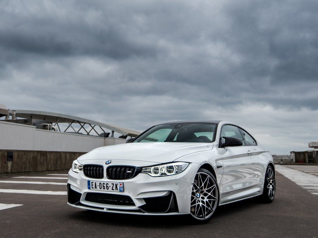 Bmw M4 White Car Front Wallpaper With Images White Car Bmw Bmw M4