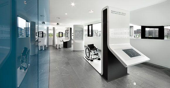 D Technology Exhibition : Art com science center medical technology