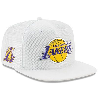 pretty nice 513a4 cde69 Men s Los Angeles Lakers New Era White 2017 Official On-Court Collection  9FIFTY Snapback Hat