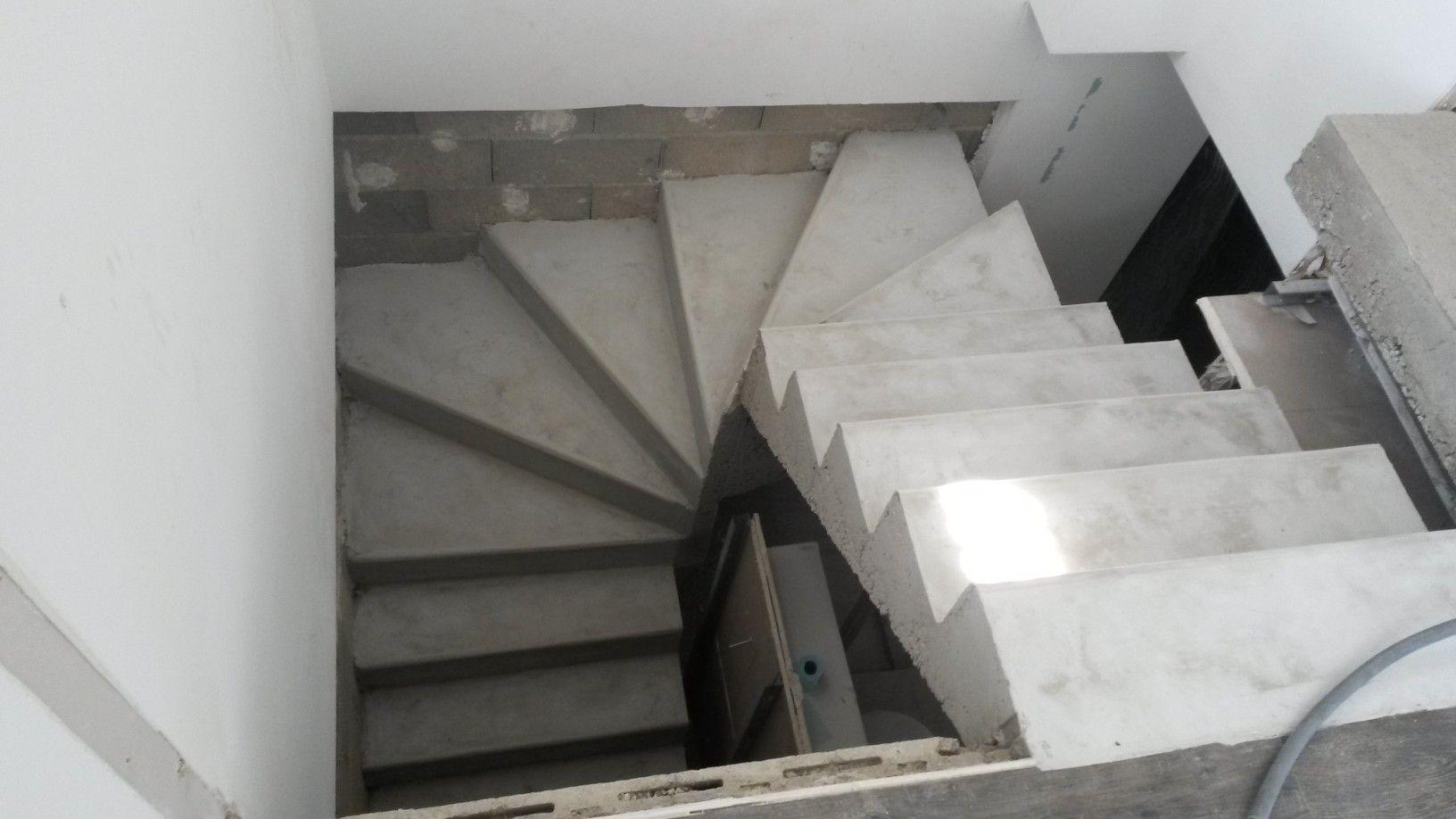 Escalier 1 4 Tournant Brico Depot Avec Escalier Demi Tournant Beton Idees Et Escalier Demi Tournant Beton Escalier Demi Tournant Escalier En Colimacon Escalier