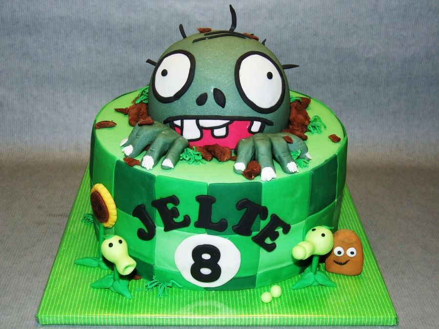 Plants Vs Zombies on Cake Central Amazing Character Cakes