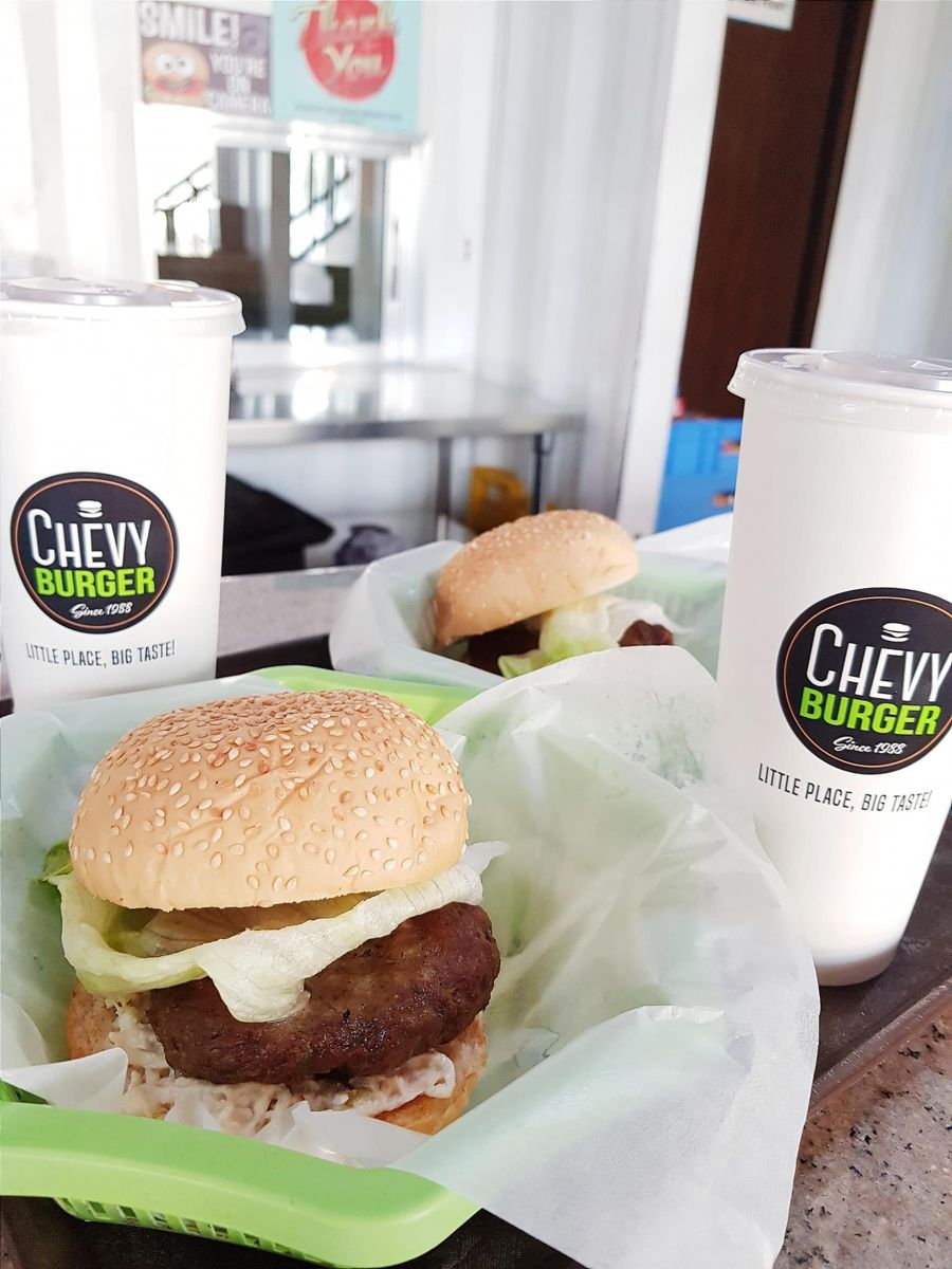 Happy Friday! Chevy Burger em 2020