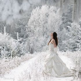 How S This For A Gorgeous Winter Wedding It Called Fairytale Photo By Viktoria Haack