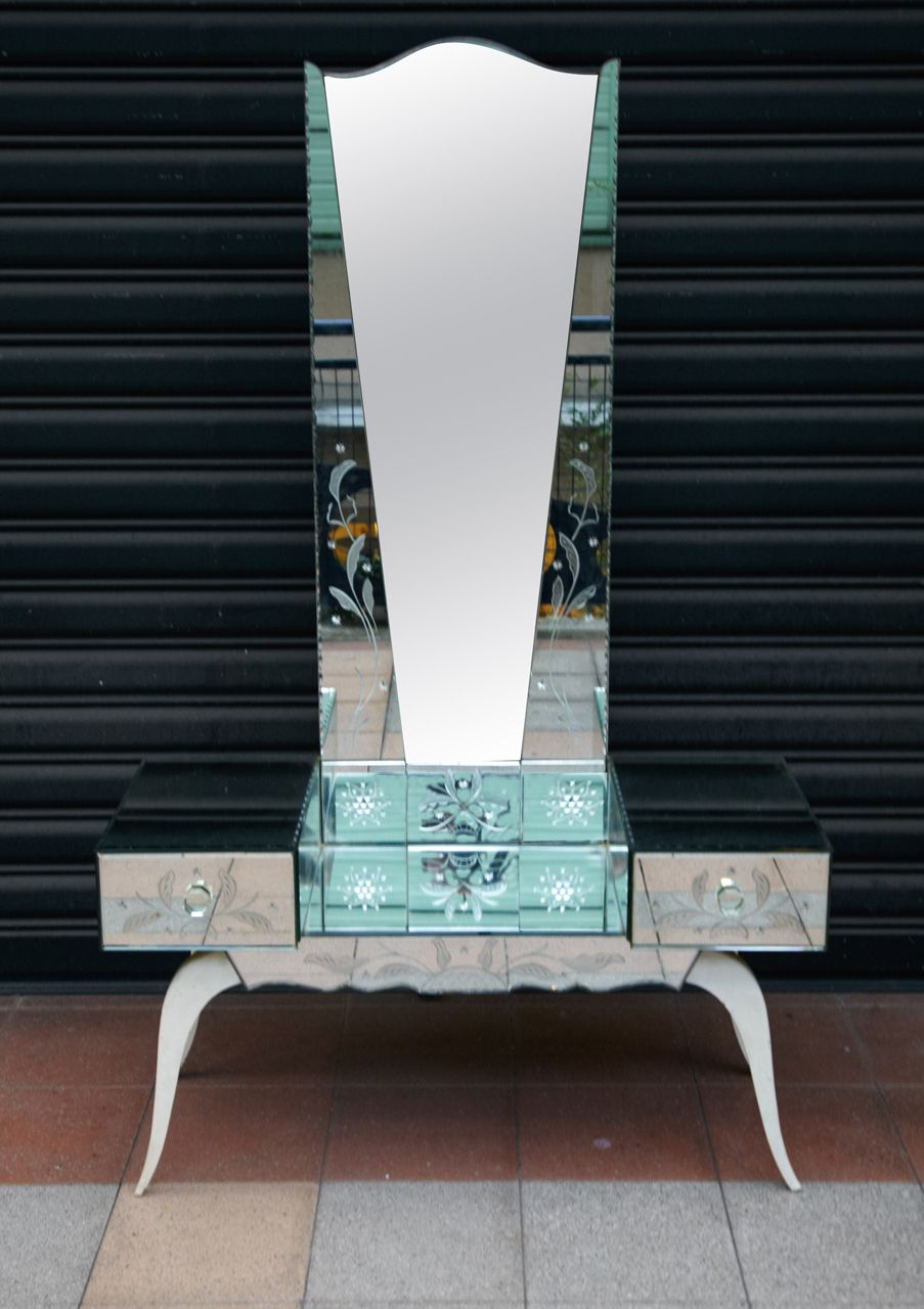 Modern dressing table mirrors dressing table in mirror  vanities dressing tables  pinterest