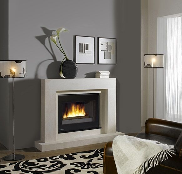 chemin e turbo fonte ombrie en pierre blanche de provence et granit noir zimbabwe quip e d 39 un. Black Bedroom Furniture Sets. Home Design Ideas