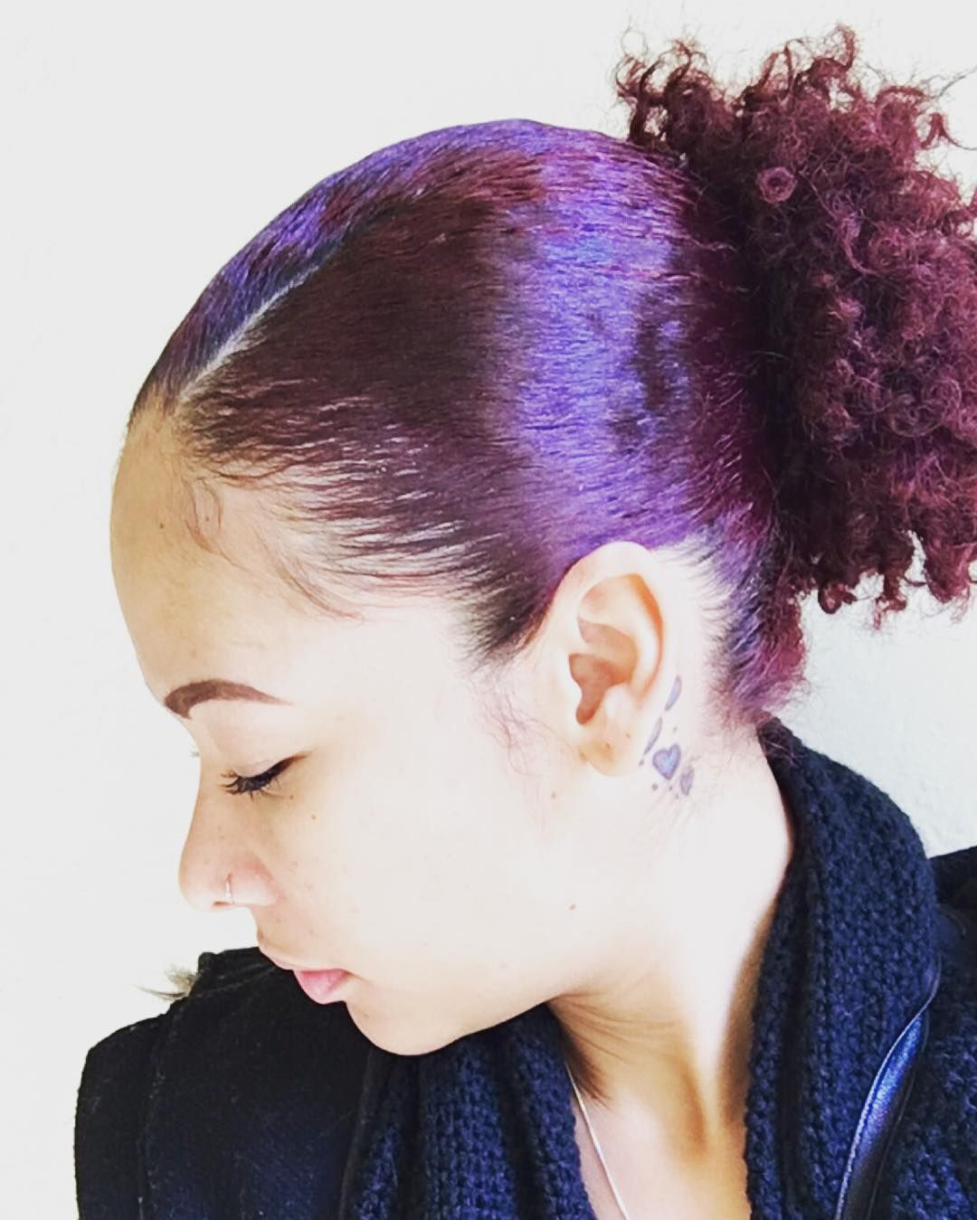 55 Wonderful Ways to Rock Burgundy Hair Color — Time for Wine! Check more at http://hairstylezz.com/best-burgundy-hair-color/